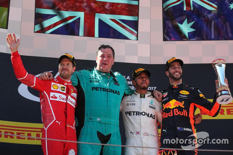 İspanya GP - Kazanan: Lewis Hamilton, 2. Sebastian Vettel, 3. Daniel Ricciardo