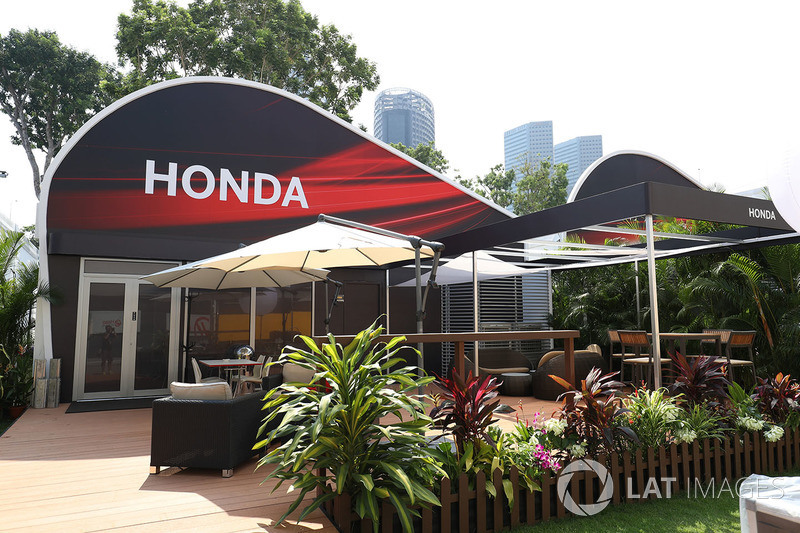Honda team building