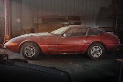 Ferrari Daytona de alumínio