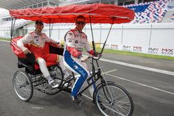 Том Чилтон, Sébastien Loeb Racing, и Эстебан Герьери, Campos Racing