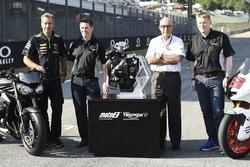 Triumph fornitore dei motori Moto2 per il 2019, Hervé Poncharal, Tech 3, Steve Sergent, Carmelo Ezpeleta, CEO Dorna, Andrew Stroud