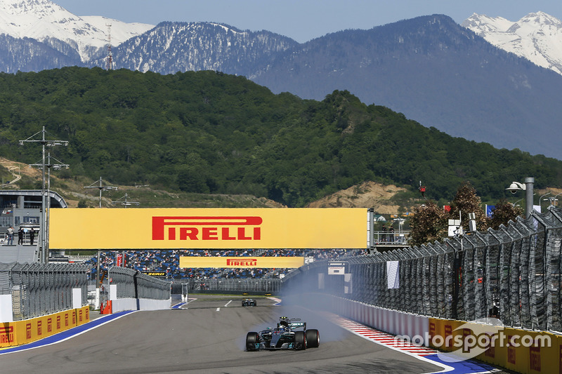 Valtteri Bottas, Mercedes F1 W08 Hybrid locks up