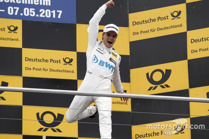 Подіум: переможець гонки Лукас Ауер, Mercedes-AMG Team HWA, Mercedes-AMG C63 DTM