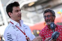 Toto Wolff, Mercedes AMG F1 Direktörü, Eddie Jordan, Channel 4 F1 TV