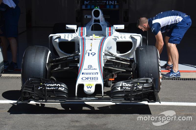 Передняя часть Williams FW38