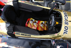 Timbits in James Hinchcliffe, Schmidt Peterson Motorsports Honda, car