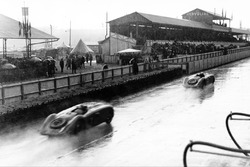 Jean-Pierre Wimille, Robert Benoist, Bugatti T57G, Roger Labric, Pierre Veyron, Bugatti T57G