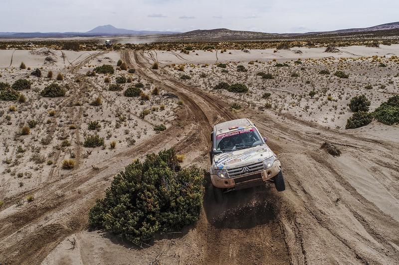 #354 Mitsubishi: Крістіна Гутієррес Ерреро, Габріель Мойсет Феррер