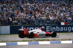 Alain Prost, McLaren MP4/2C se quedó sin combustible