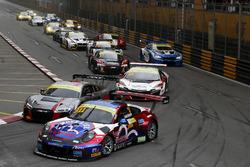 Laurens Vanthoor, Craft Bamboo Racing, Porsche 911 GT3R, Nico Müller, Audi Sport Team WRT, Audi R8 LMS