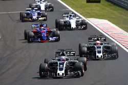 Romain Grosjean, Haas F1 Team VF-17, Kevin Magnussen, Haas F1 Team VF-17, Daniil Kvyat, Scuderia Toro Rosso STR12, Lance Stroll, Williams FW40, Pascal Wehrlein, Sauber C36, Paul di Resta, Williams FW40