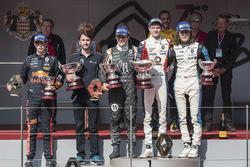 Podium : le vainqueur Will Palmer, R-ace GP, le deuxième Sacha Fenestraz, Josef Kaufmann Racing, le troisième Max Defourny, R-ace GP