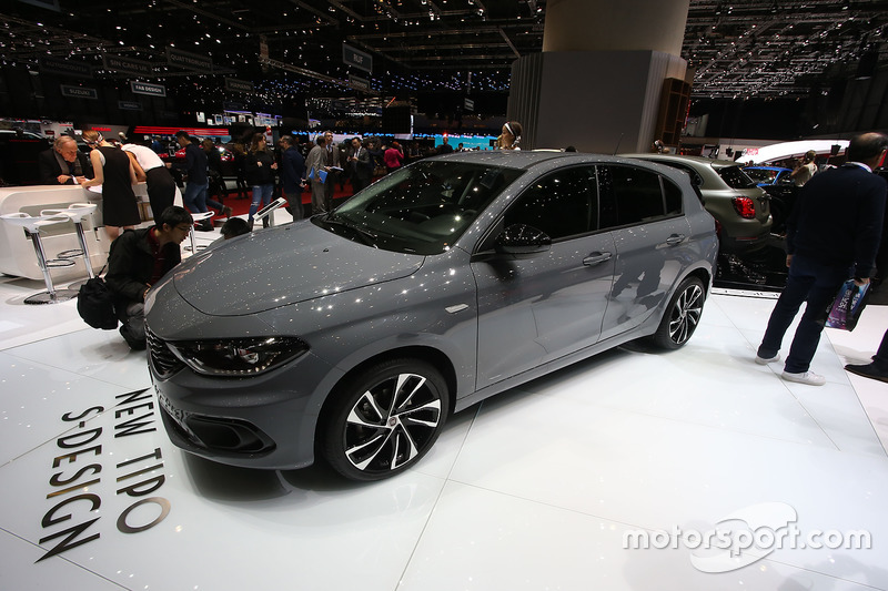 fiat tipo s design at geneva international motor show. Black Bedroom Furniture Sets. Home Design Ideas