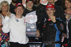 Race winner Austin Theriault, Chevrolet
