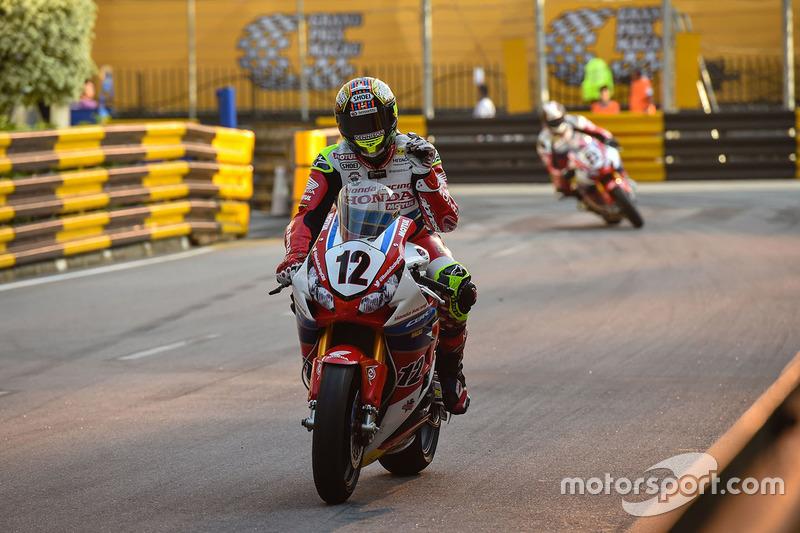 7. John McGuinness, Honda