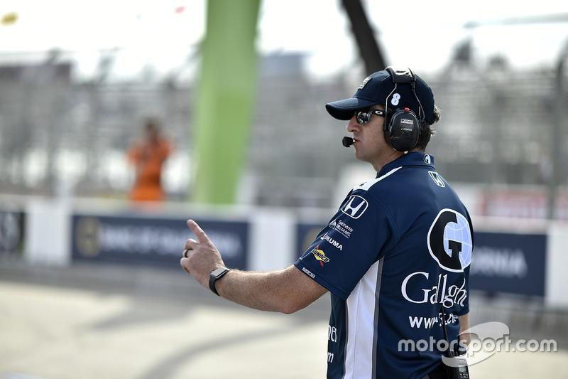 Max Chilton, Chip Ganassi Racing Honda crew chief Jamie Coates