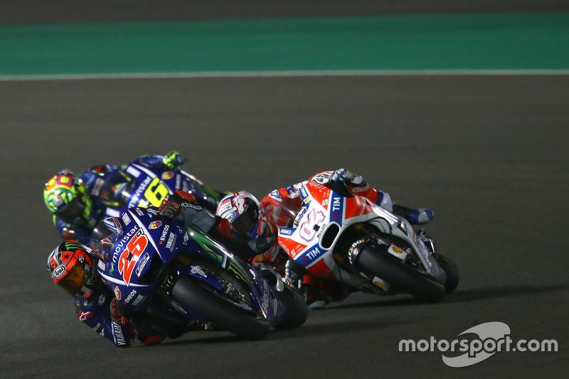 Maverick Viñales, Yamaha Factory Racing; Andrea Dovizioso, Ducati Team; Valentino Rossi, Yamaha Factory Racing
