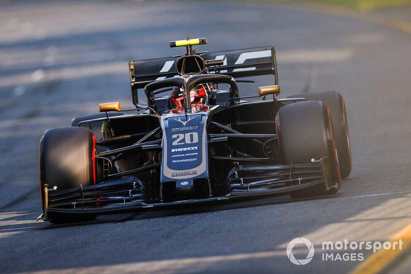 6. Kevin Magnussen, Haas F1 Team VF-19