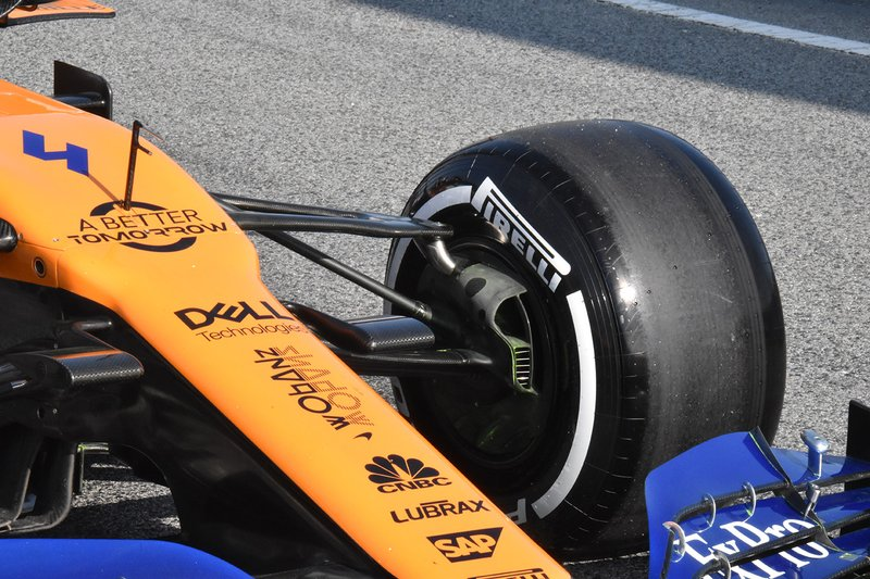 Передня підвіска McLaren MCL34