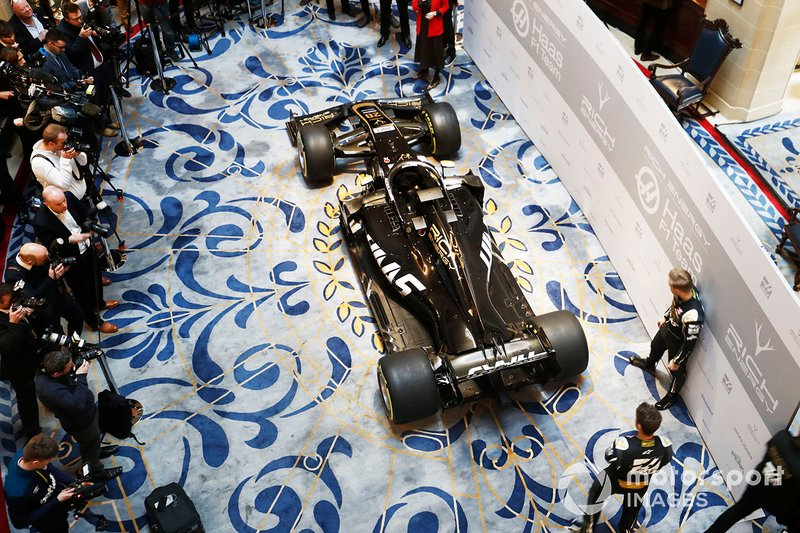 Romain Grosjean, Haas F1 Team y Kevin Magnussen, Haas F1 Team