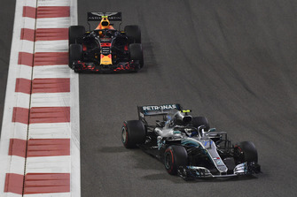 Valtteri Bottas, Mercedes AMG F1 W09 EQ Power+ and Max Verstappen, Red Bull Racing RB14