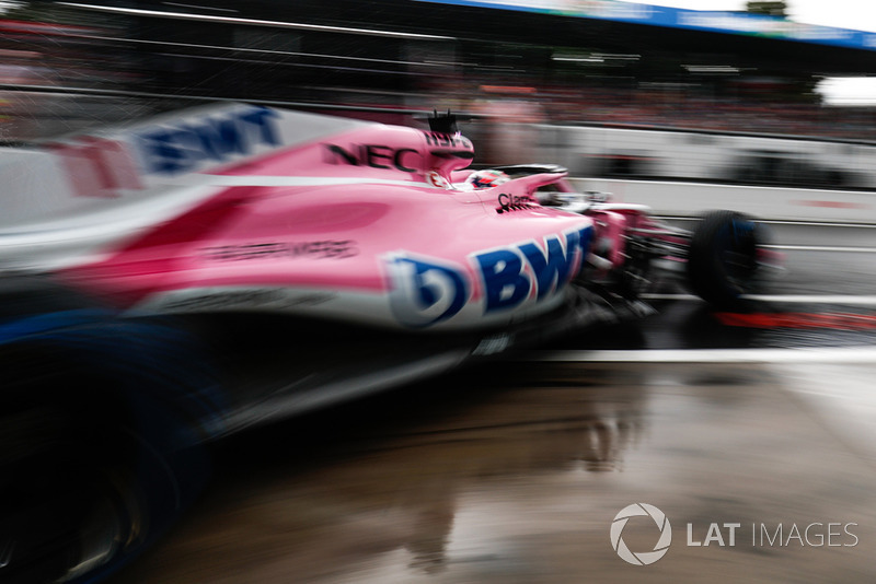 Sergio Perez, Racing Point Force India VJM11, leaves the garage
