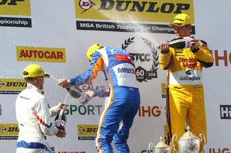 Podium, Ricky Collard, WSR BMW, Sam Tordoff, Motorbase Performance Ford Focus and Tom Chilton, Motorbase Performance Ford Focus
