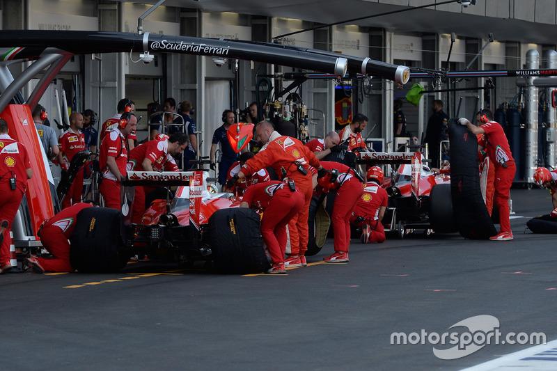 Sebastian Vettel, Ferrari SF16-H y Kimi Raikkonen, Ferrari SF16-H