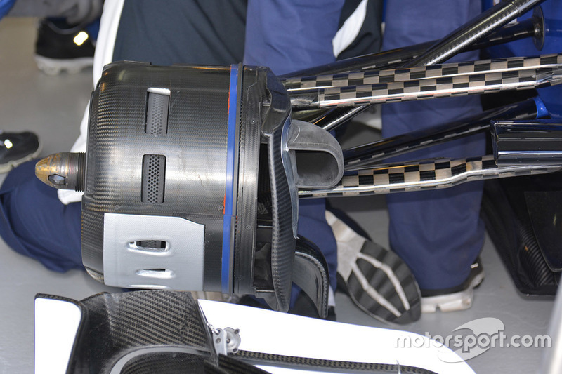 Mercedes AMG F1 Team W07 front wing