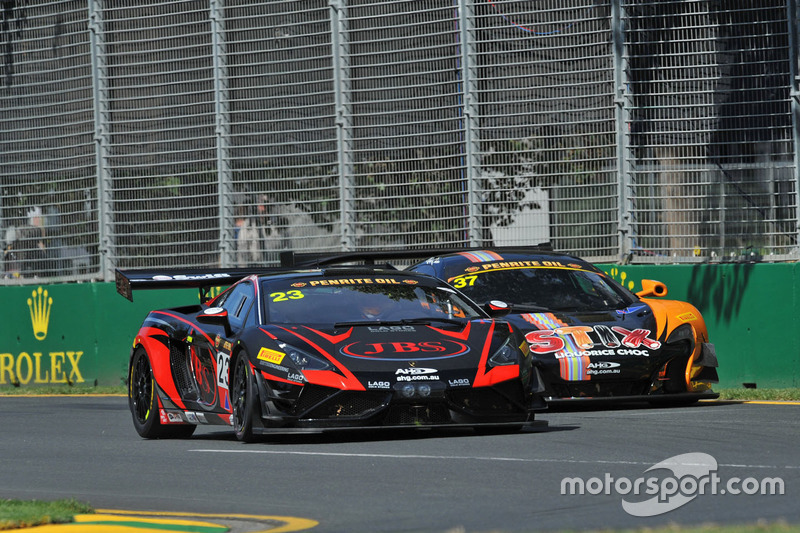 #23 JBS Australia Lamborghini R-EX: Roger Lago and #37 Darrell Lea McLaren 650S GT3: Klark Quinn