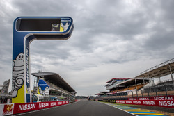 Башня Michelin на прямой старт/финиш
