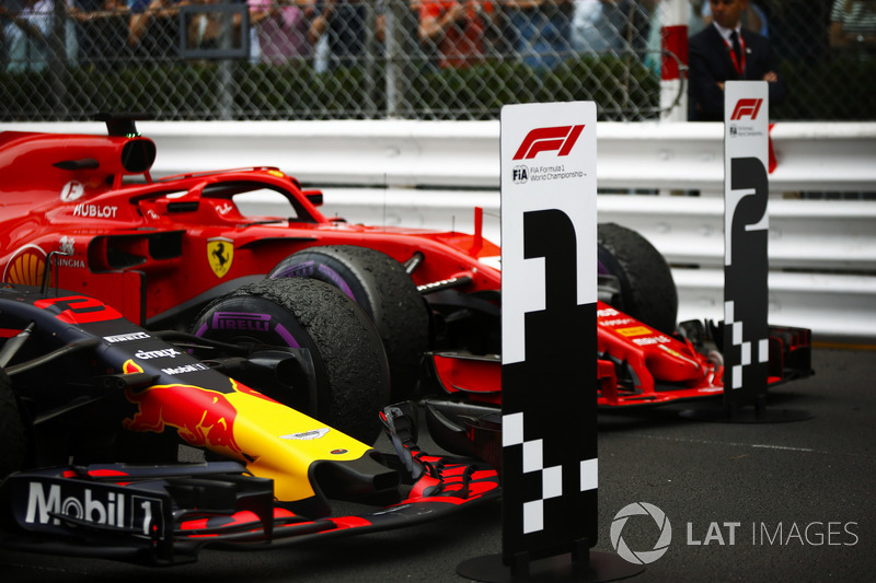 Car of race winner Daniel Ricciardo Red Bull Racing RB14 and Sebastian Vettel Ferrari SF71H