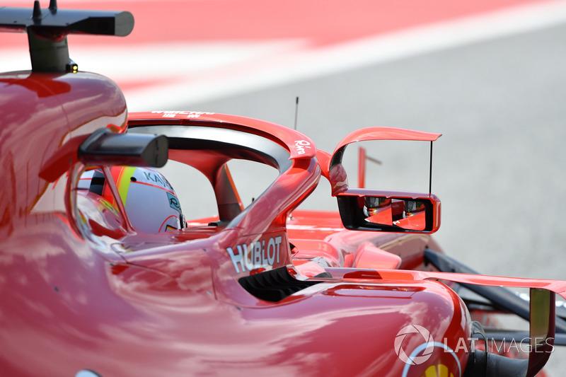Sebastian Vettel, Ferrari SF71H con espejo en halo
