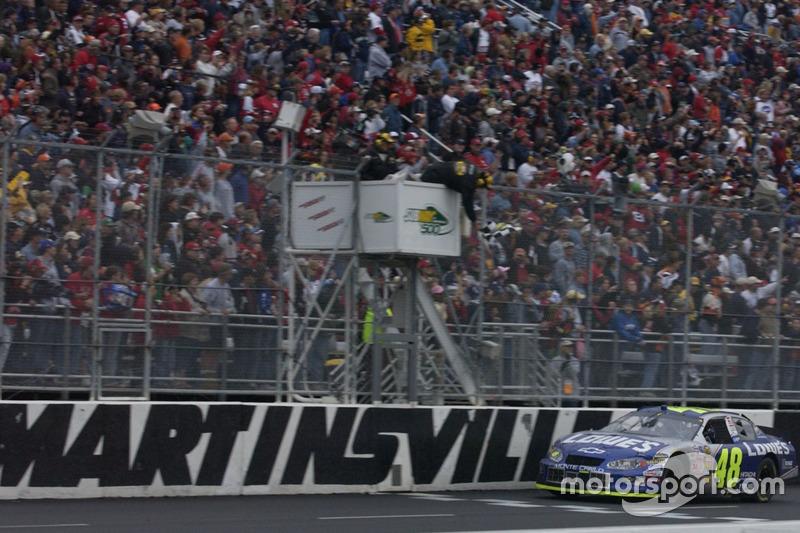 2004: Jimmie Johnson (Hendrick-Chevrolet) - 3 Siege