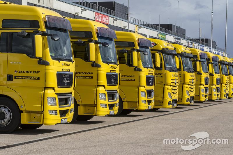 Dunlop trucks