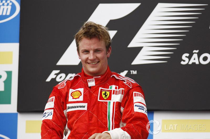 Kimi Raikkonen (10 victorias)