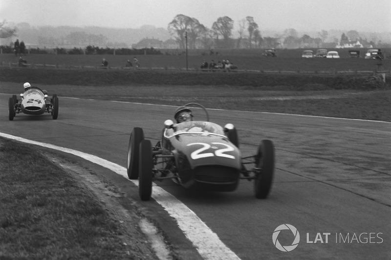 1960 : Jim Clark, Lotus 18, devance John Surtees, Cooper T52. C'est la première course de Surtees sur quatre roues et la première victoire de Clark en monoplace.