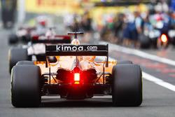 Fernando Alonso, McLaren MCL33, in the pit lane