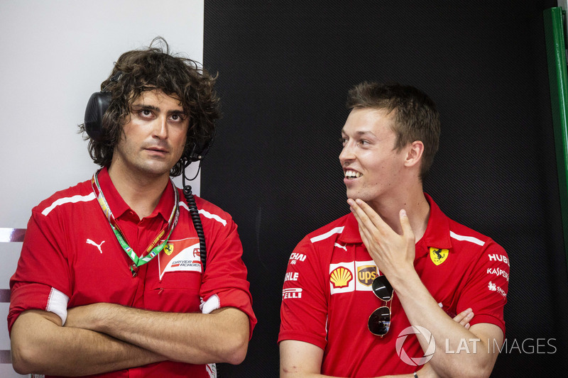 Daniil Kvyat, Ferrari e Marco Matassa, ingegnere Ferrari