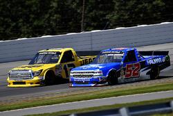 Cody Coughlin, ThorSport Racing Toyota and Stewart Friesen, Elaine Larsen Motorsports Chevrolet
