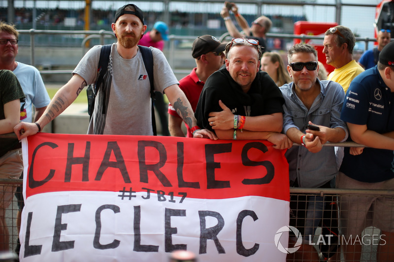 Уболівальники Шарля Леклера, Prema Racing
