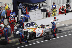 Ed Jones, Dale Coyne Racing Honda pit stop