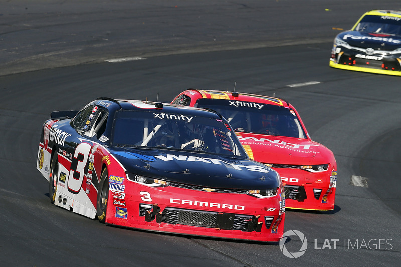 Ty Dillon, Richard Childress Racing Chevrolet y Justin Allgaier, JR Motorsports Chevrolet