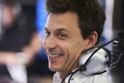 Temporada 2017 F1-austrian-gp-2017-toto-wolff-executive-director-mercedes-amg-f1