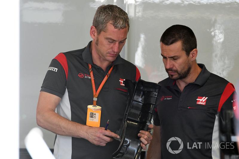Stuart Cramp, Haas F1 Team Chief Mechanic