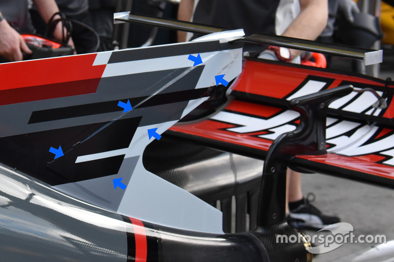 Haas F1 Team VF-17, shark fin