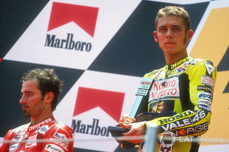 Barcelona 2001: Handgreiflichkeiten vor der Siegerehrung