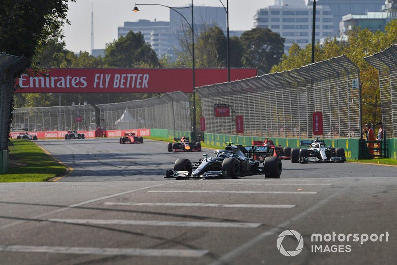 Valtteri Bottas, Mercedes AMG W10, Lewis Hamilton, Mercedes AMG F1 W10, Sebastian Vettel, Ferrari SF90, Max Verstappen, Red Bull Racing RB15, y Charles Leclerc, Ferrari SF90