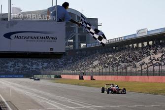 1. Guanyu Zhou, PREMA Theodore Racing Dallara F317 - Mercedes-Benz