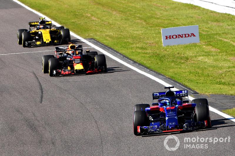 Брендон Хартлі, Scuderia Toro Rosso STR13, Даніель Ріккардо, Red Bull Racing RB14, Карлос Сайнс-мол., Renault Sport F1 Team R.S. 18